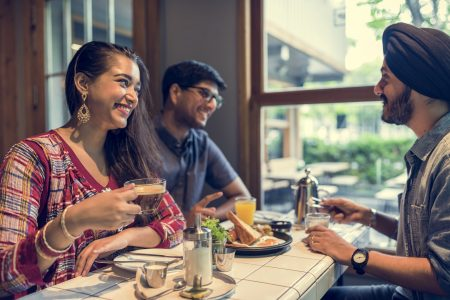 Competing Against Big Restaurants: Top Tips For Small Restaurant Chains